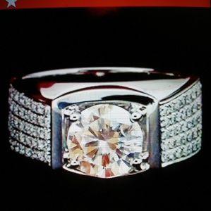 Diamond 3Ct ring size 9